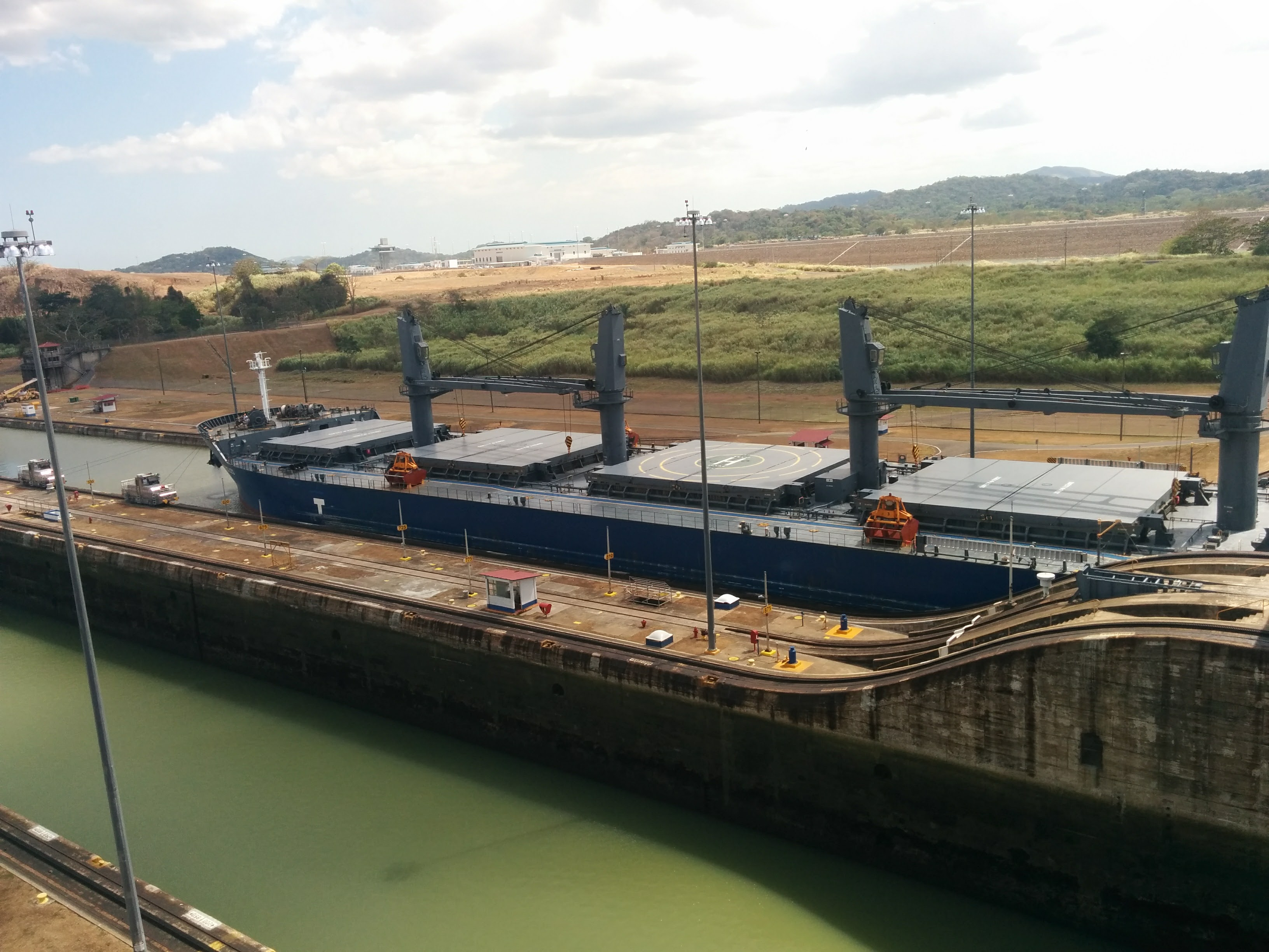 11) Container ship in next lock
